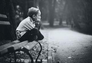 Garoto-triste-e-apaixonado
